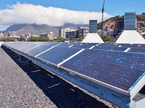 afmetingen zonnepanelen plat dak