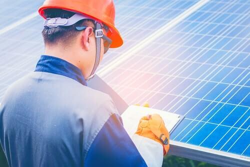 Hoeveel zonnepanelen heb ik nodig voor 3500 kWh