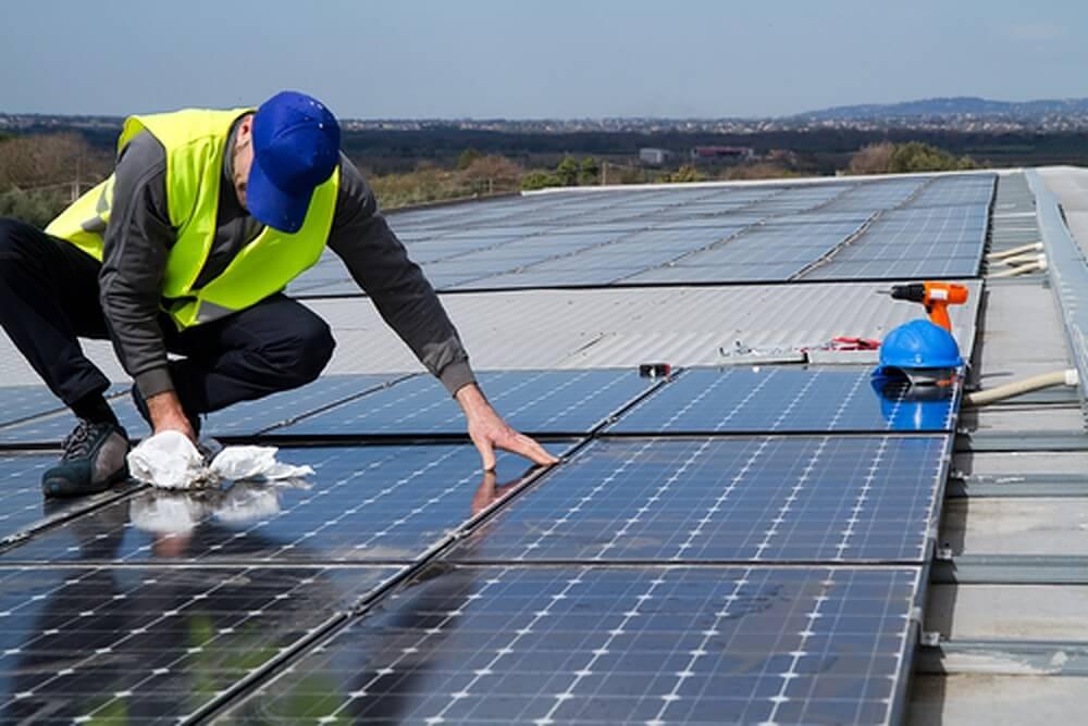 5 onmisbare tips bij het reinigen van zonnepanelen.v1