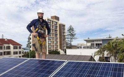 Houd rekening met zonnepanelen wanneer je verzekert